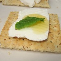Aletta's yummy goat cheese with honey