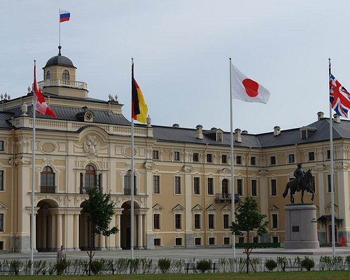 The Konstantin Palace is a gem of The National Congress Palace