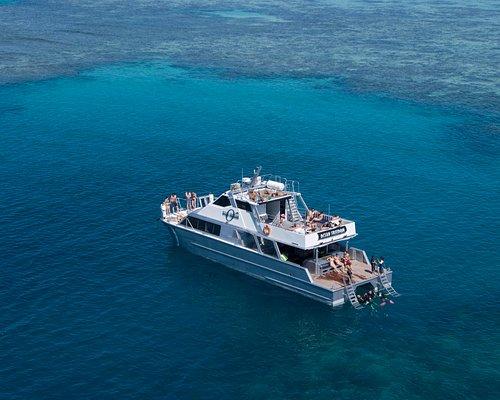 Outer Edge Upolu Reef - Ocean Freedom Tour