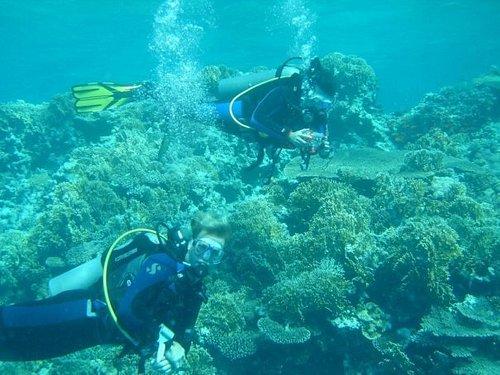 Abysub diving