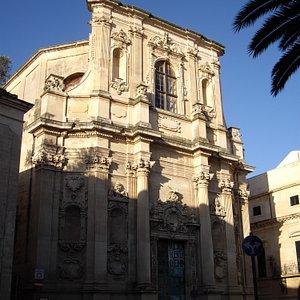 サンタ・キアーラ教会