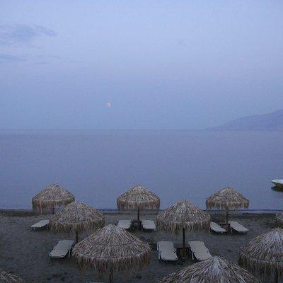 Molos Beach, Skyros