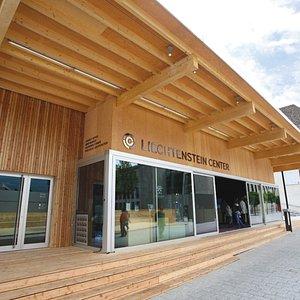 Liechtenstein Center Aussenansicht