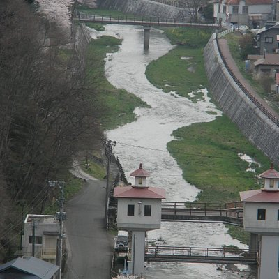 公園から望む人首(ひとかべ)川