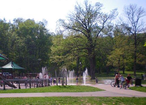 Iroquois Parks new sprayground