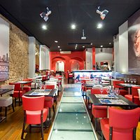 SoCA Restaurant & Bar - Great place!