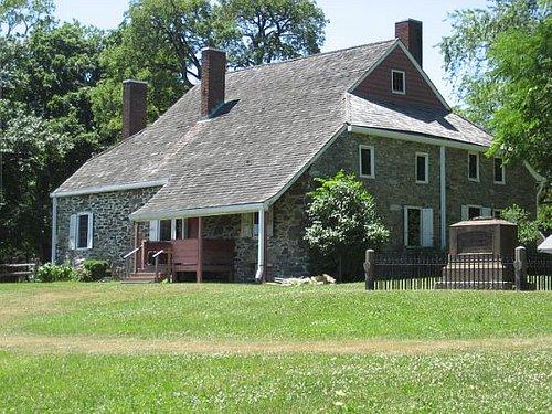 "GW's ""Mansion"" House"
