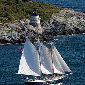 Aquidneck sailing in Newport