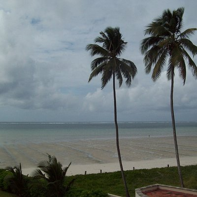 Nyali Beach early in the morning