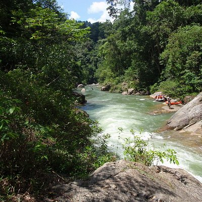 Enjoy the cyrstal clear waters of the selangor river