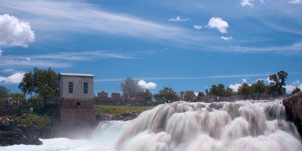 South Dakota Visitors Bureau