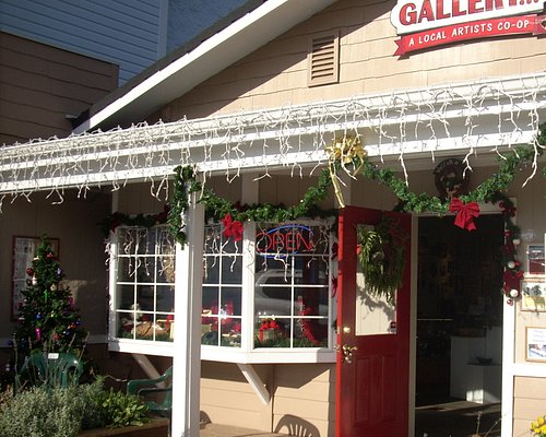 Backstreet Gallery's charming storefront