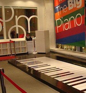 The Big Piano at FAO Schwartz