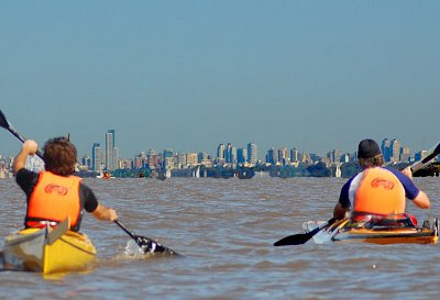 Enjoy a great kayaking adventure in Buenos Aires: one of the main capitals of South America!