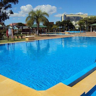 10.-Parque Termal de Federación : Área pasiva-piscina 39º