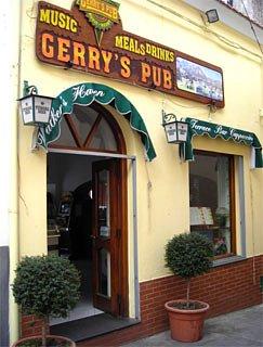 gerry's pub entrance