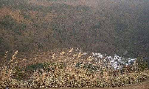 噴火口のクレーター
