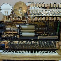 Dieser Musikautomat ersetzt ein halbes Orchester