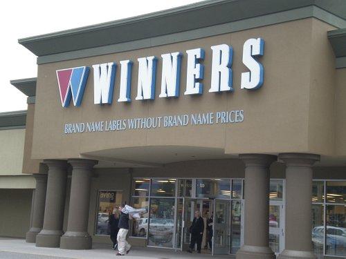 ウイナーズ・ケロウナ店の正面入口です
