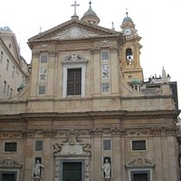 The front of the Chiesa del Gesu just steps away from Piazza de Ferrari