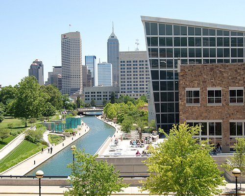 Downtown view from Indiana State Museum