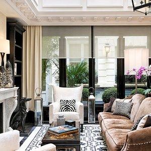 Glassroof Lounge - Hotel Keppler, Paris, France