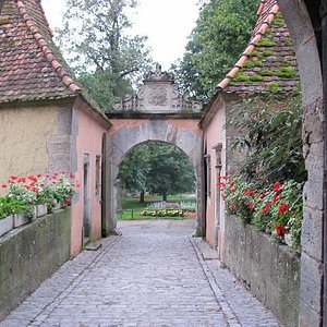 view outside from the inner courtyard