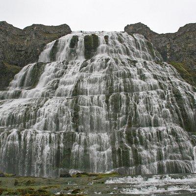 Der gewaltige Wasserfall