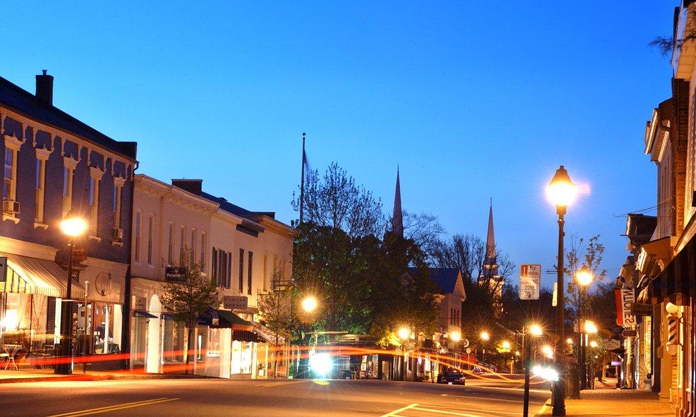 Main Street in Old Town Warrenton, VA