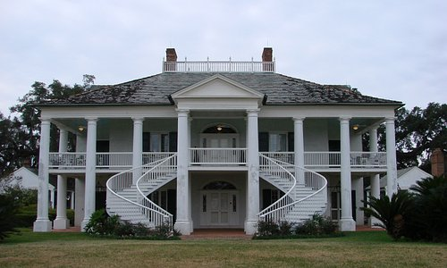 front of the plantation