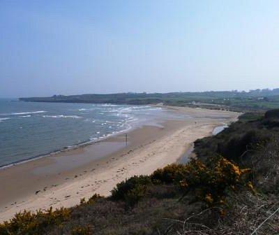 The sweeping sands of Lligwy Beach