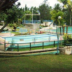 2 big pools:Kiddie and adult pool