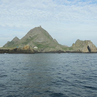Approaching the Farallone Islands