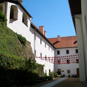 Festenburg, Innenhof
