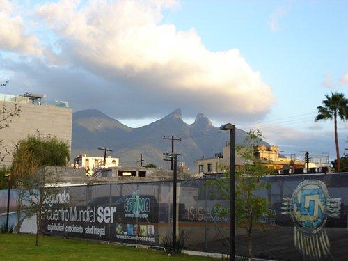 Cerro de la Silla, Simbolo de la Cd. de Monterrey; Nuevo Leon; Mexico