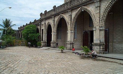 ニャチャン大聖堂