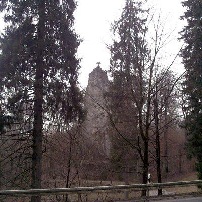 Seitlicher Blick auf den Hübichenstein