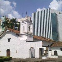 Iglesia principal del complejo ubicado en el centro histórico de Cali