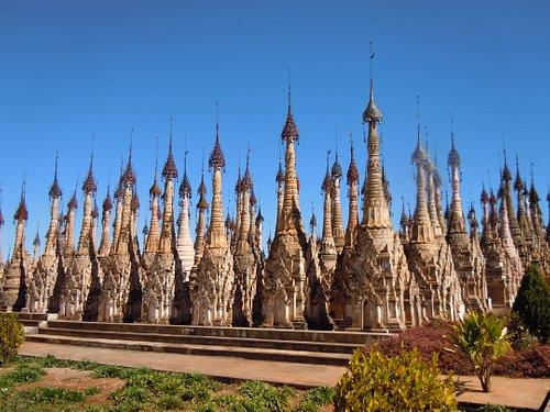 Pagoda field at Kakku