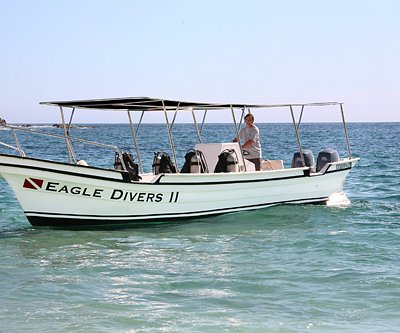 Cabo Eagle Divers boat!
