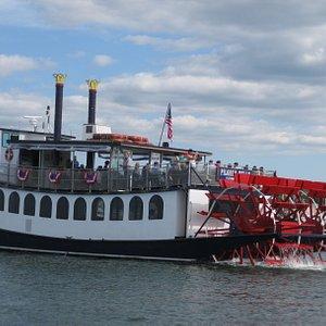 Cruise Plymouth Harbor