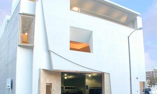 PMCA exterior