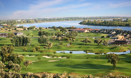 Great golf in Tri-Cities, WA - Photo by:  Stepframe Interactive Media