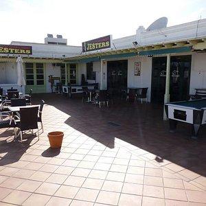 Jesters Sun Terrace & Pool Tables