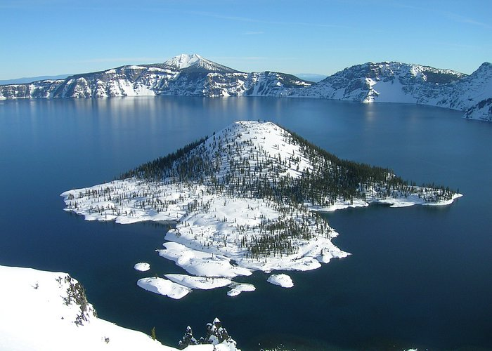 Crater Lake National Park located in Klamath County