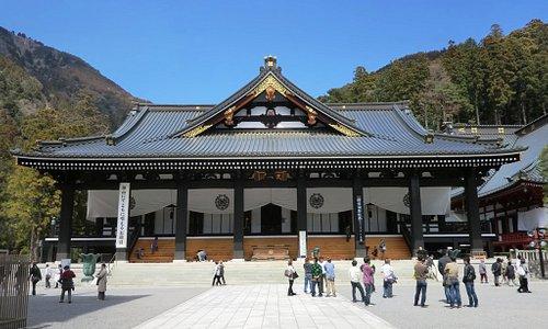 久遠寺 本堂