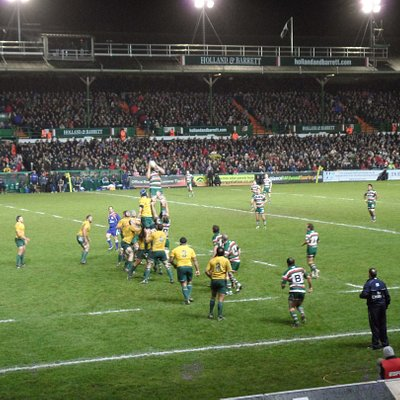 Close to the lineout action