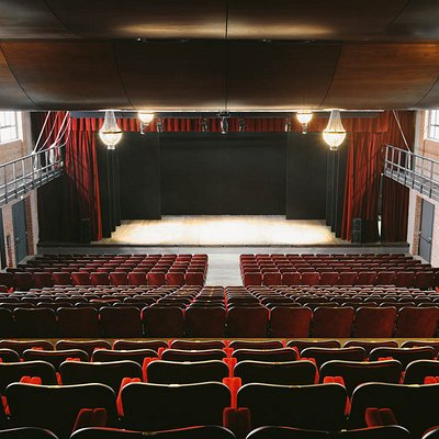 Teatro Franco Parenti, Sala Grande
