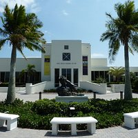 Vero Beach Museum of Art - entrance