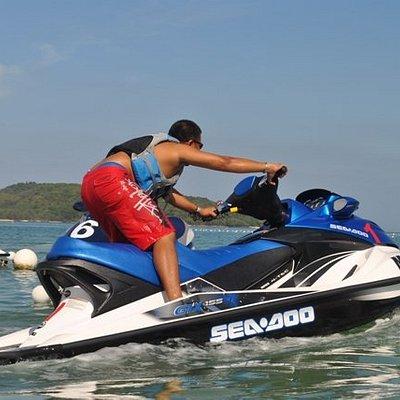 Craving for some jet ski rush ... ?